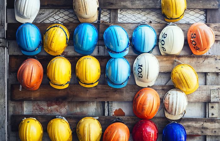 Strategic Risk Battling in the Construction Industry